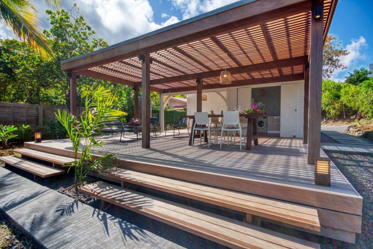 location villa de luxe martinique avec bungalow face à la mer