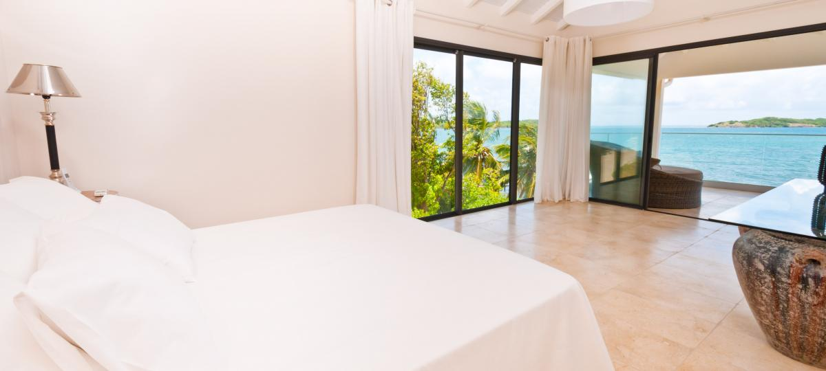 location villa d'exception 14 personnes vue mer chambre1