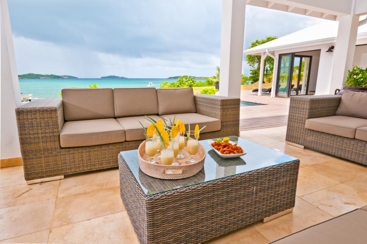 location villa d'exception 14 personnes vue mer terrasse2