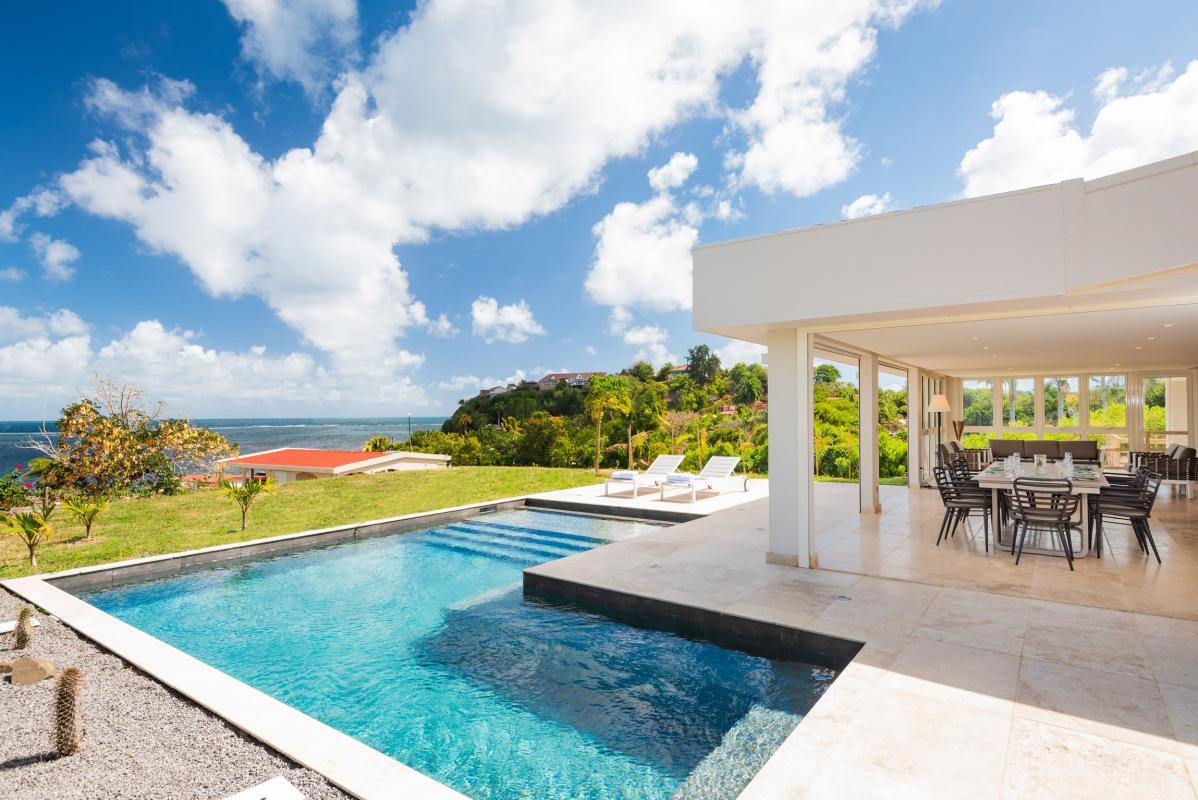 Location Villa 7 chambres 20 personnes piscine vue mer Cap Est Martinique