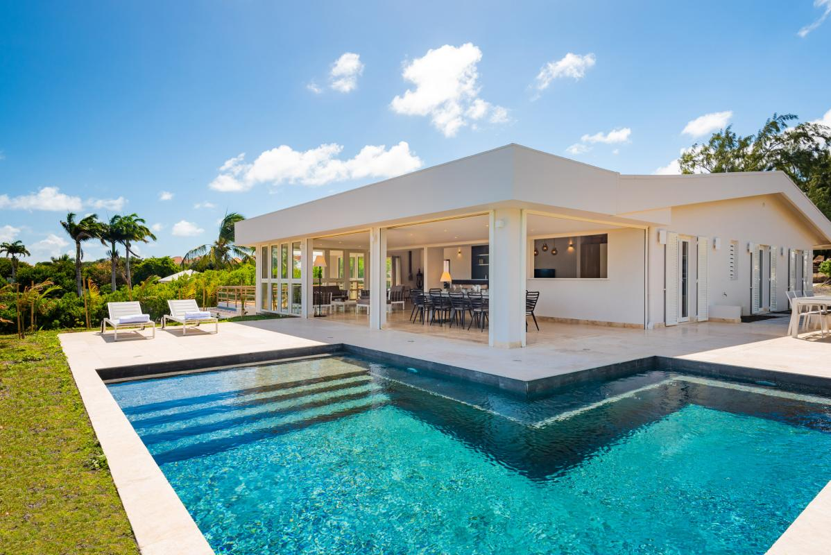 Location Villa de luxe piscine vue mer Cap Est Martinique