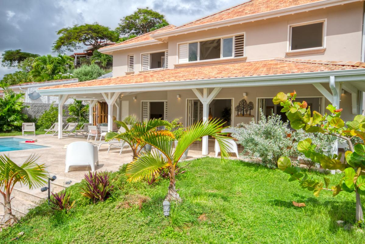 Location villa de luxe martinique 4 chambres 11 personnes avec piscine