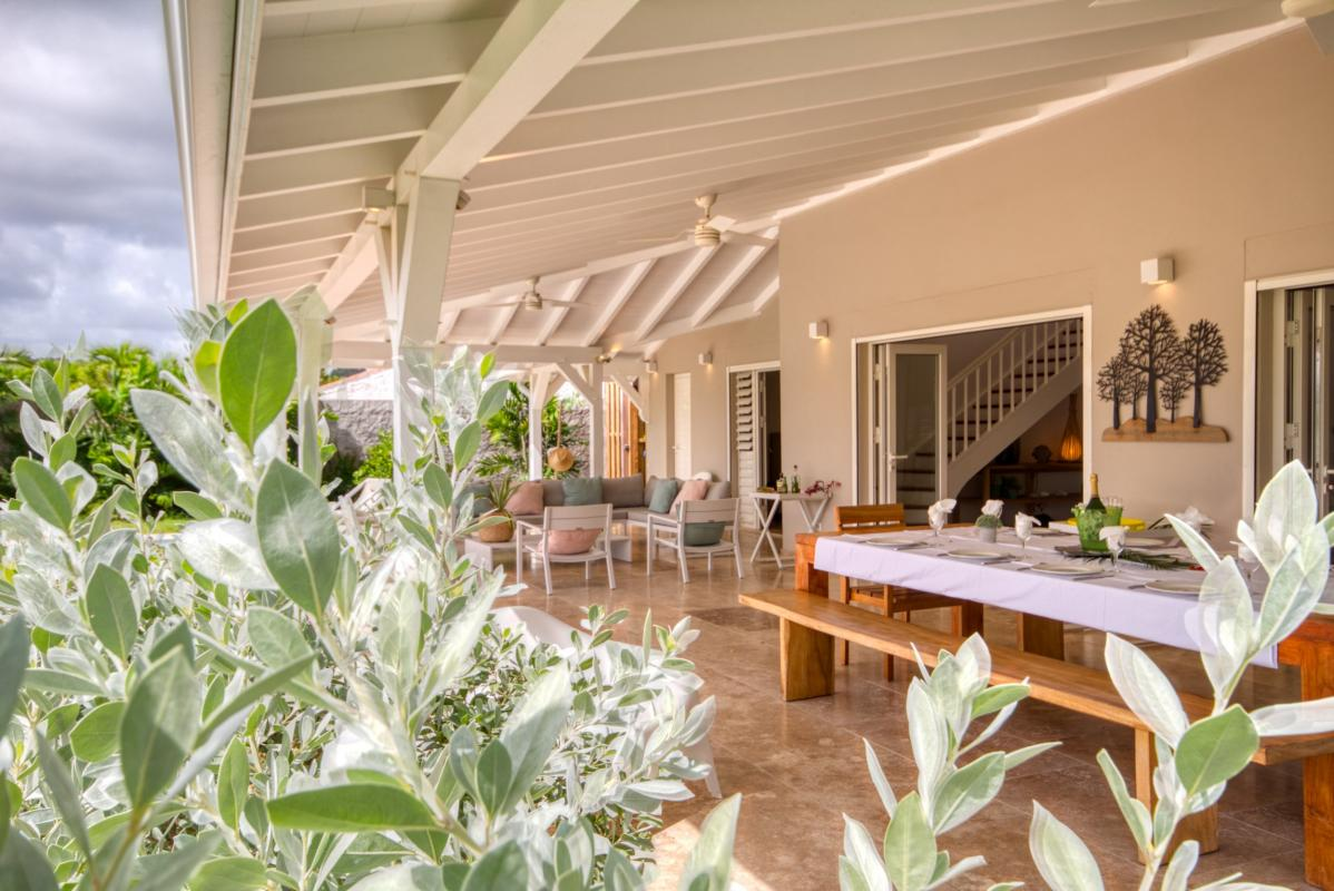 Location villa de luxe martinique au cap est avec grand jardin