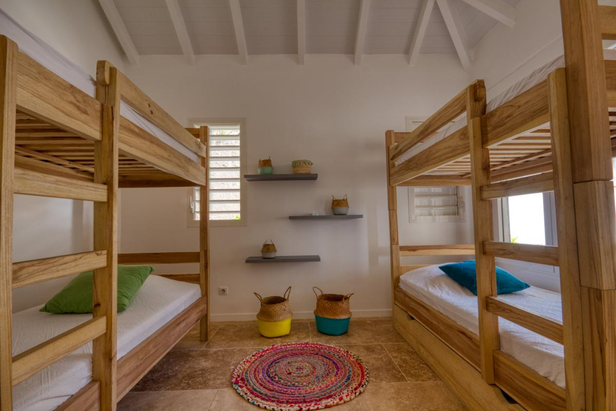 Location villa de luxe martinique au cap est - chambre étage 2 lits superposés