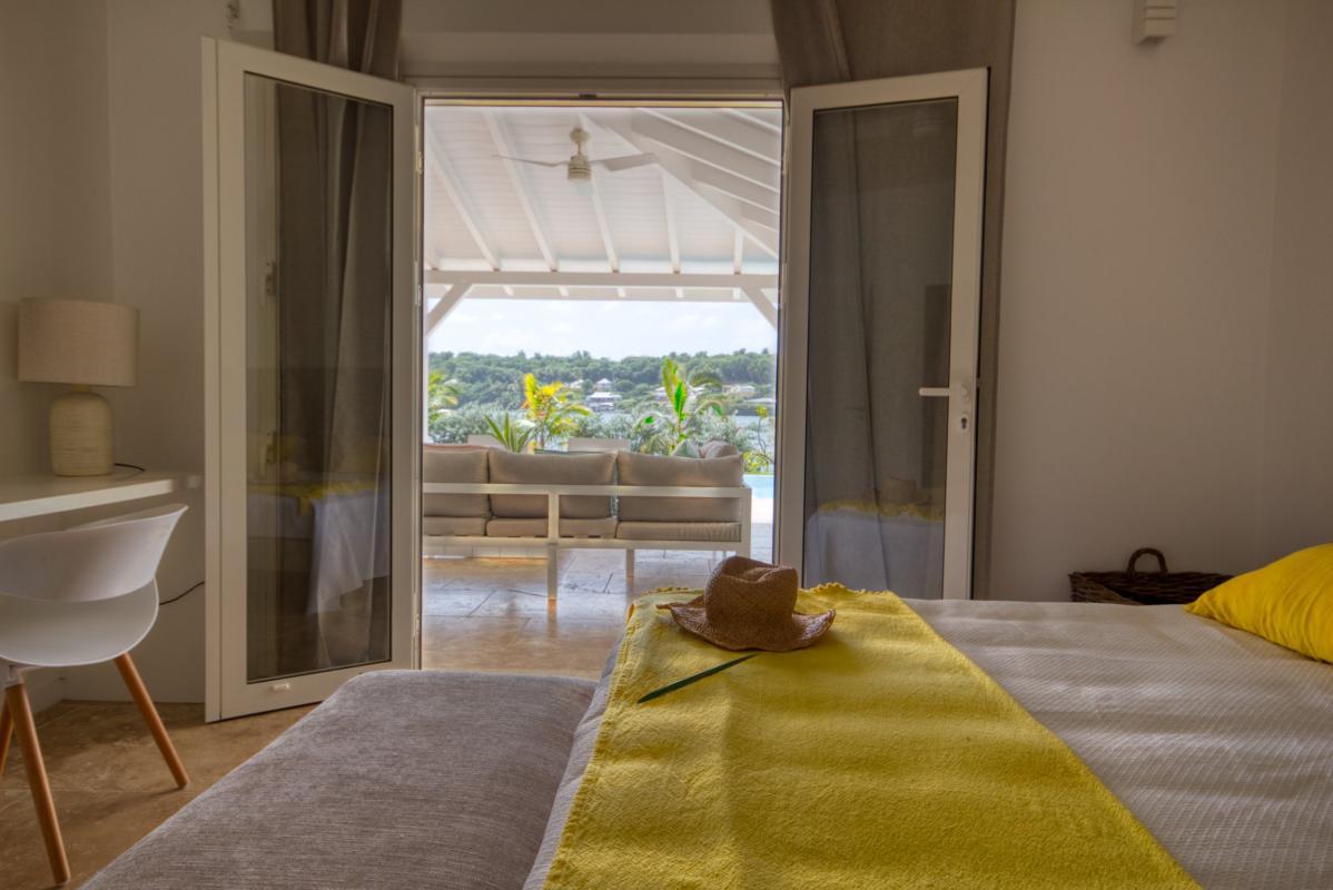 Location villa de luxe martinique chambre rez de chaussée vue 2