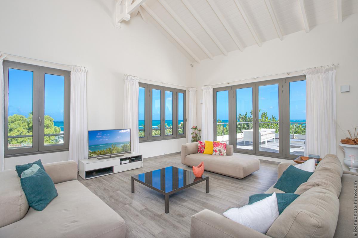location villa de luxe martinique salon étage vue 3