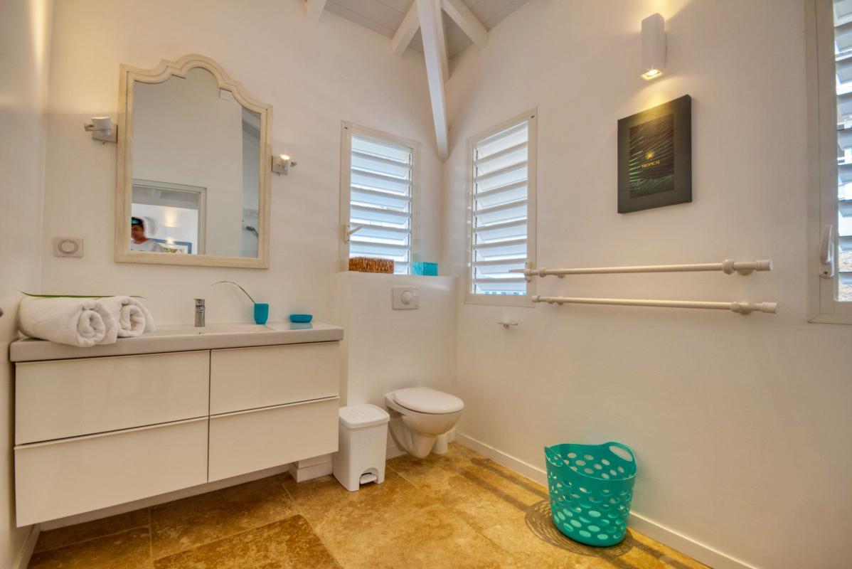 location villa de luxe martinique salle d'eau chambre 4
