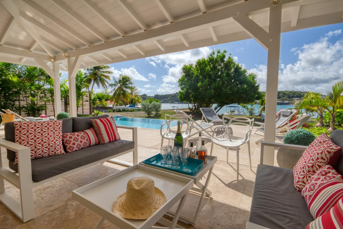 location villa de luxe martinique vue mer salon terrasse