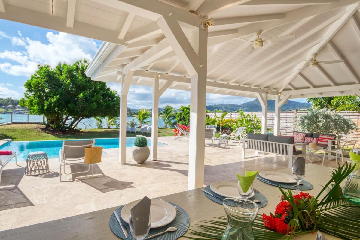 location villa de luxe martinique vue mer terrasse couverte