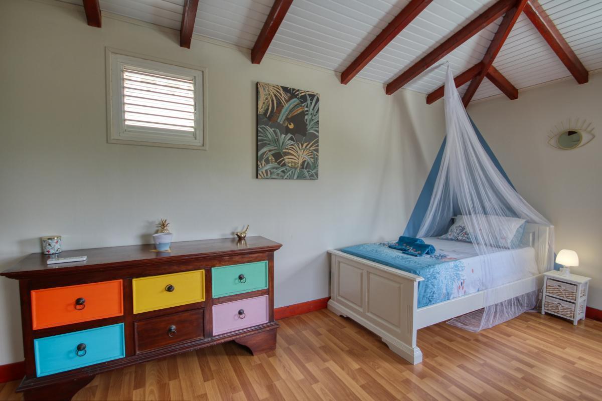 location villa Martinique 9 personnes au Marin avec piscine et Jacuzzi - vue chambre4