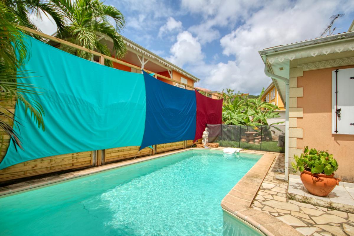 location villa Martinique 9 personnes au Marin avec piscine et Jacuzzi - vue extérieure2