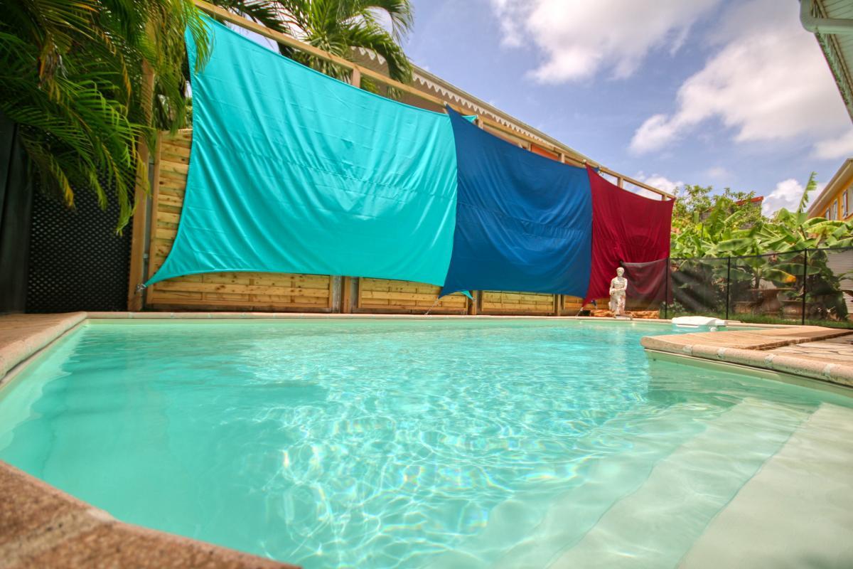 location villa Martinique 9 personnes au Marin avec piscine et Jacuzzi - vue piscine