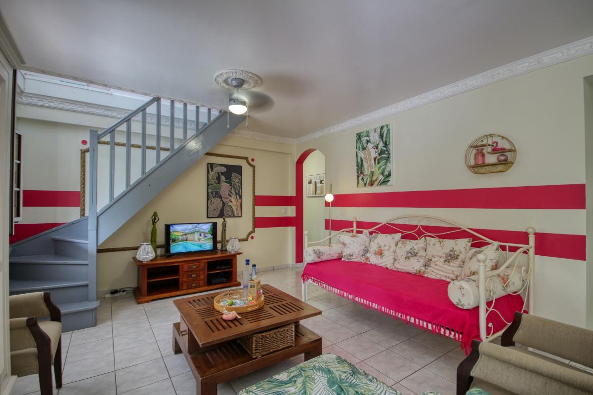 location villa Martinique 9 personnes au Marin avec piscine et Jacuzzi - vue salon