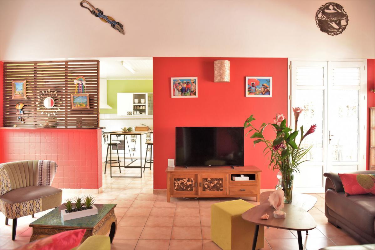 location villa martinique avec salon et télévision