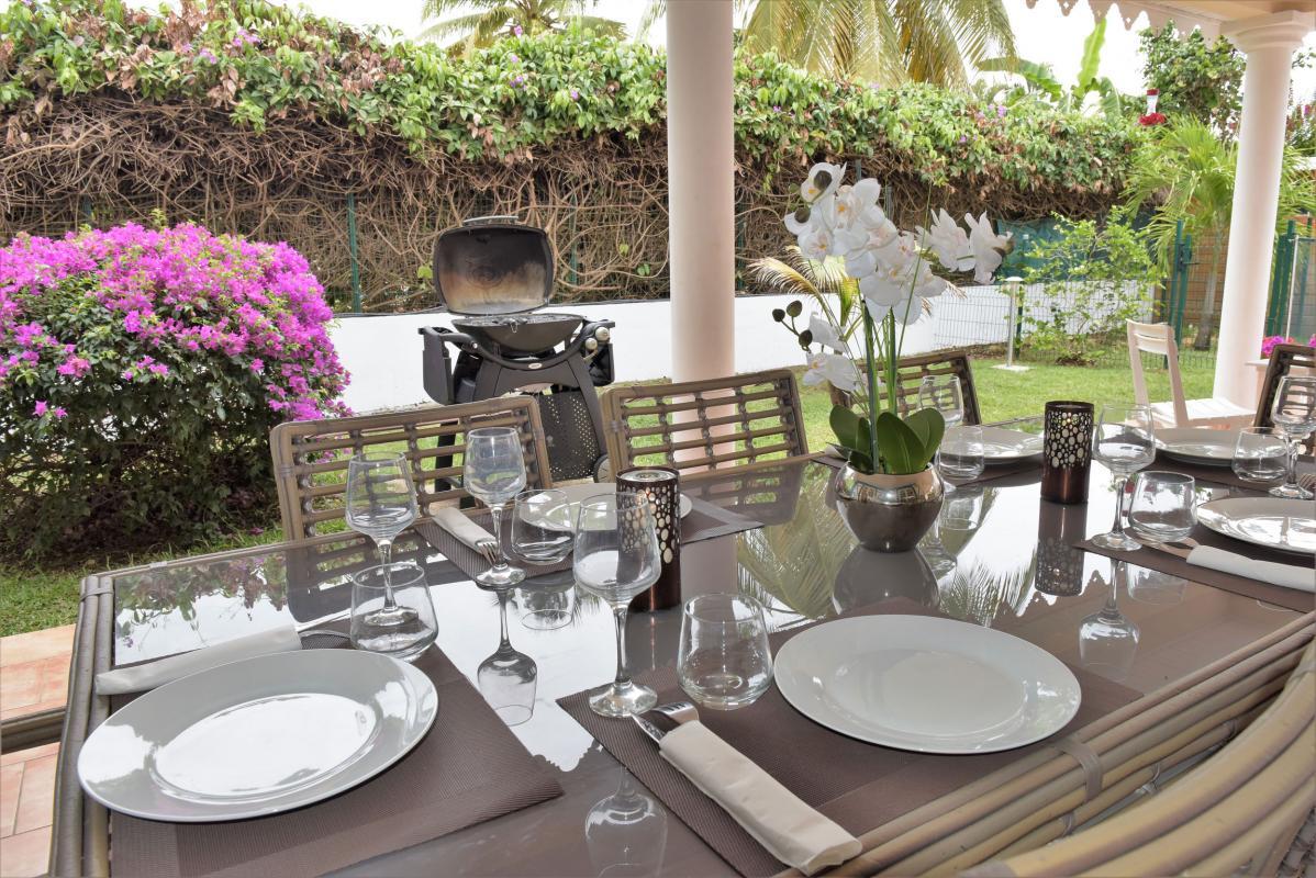 location villa martinique avec terrasse couverte