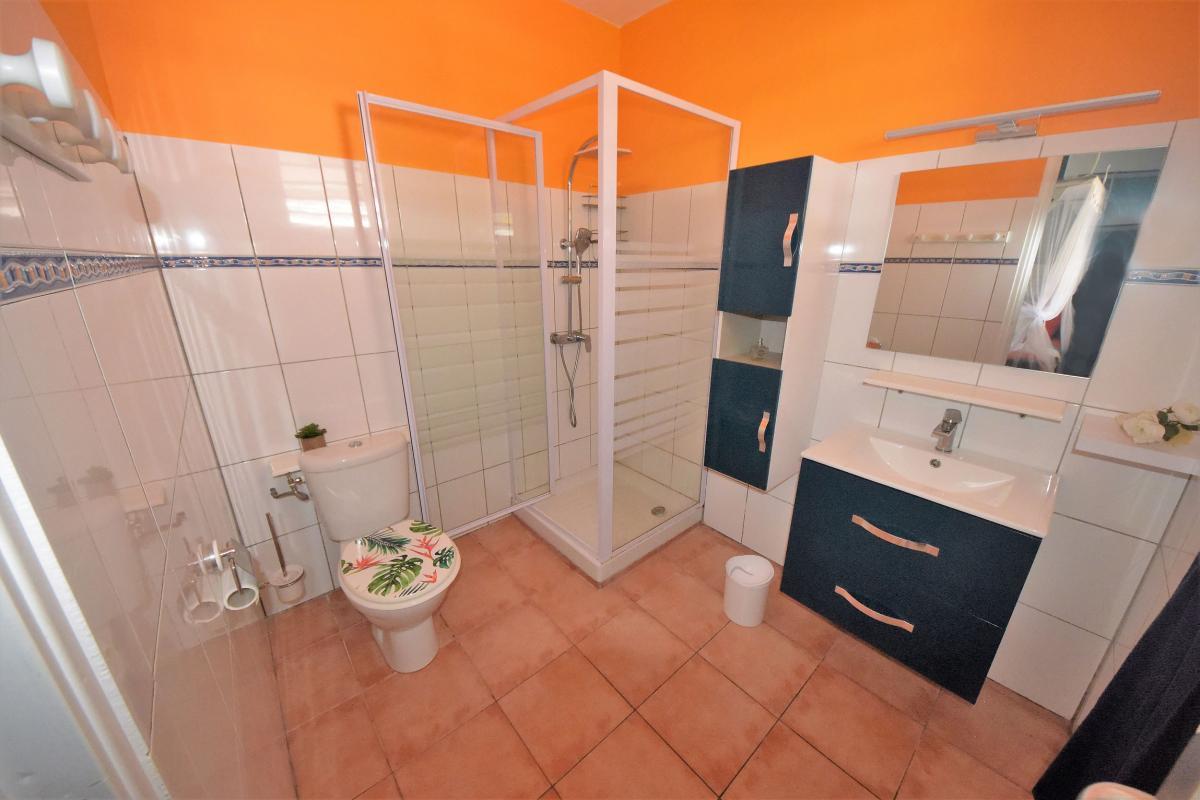 location villa martinique sainte anne salle d'eau 3
