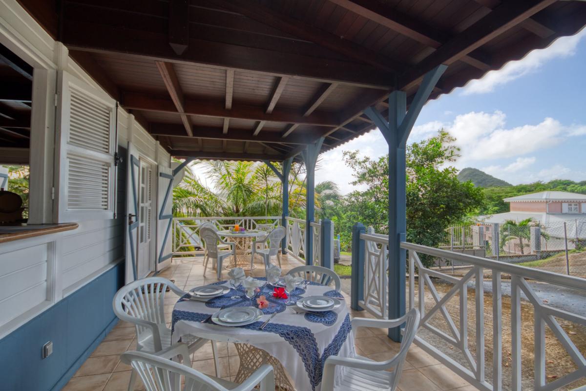 location maison martinique sainte anne terrasse couverte