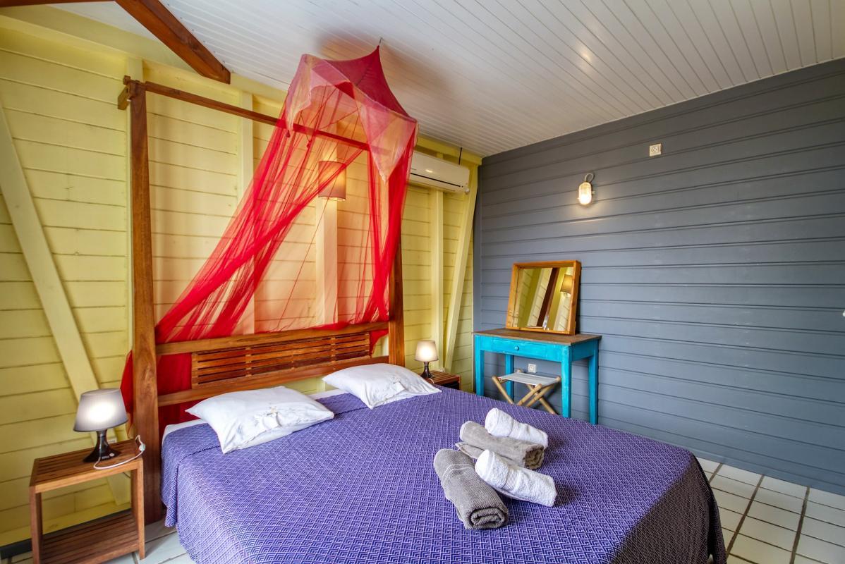location villa de standing 12 personnes avec piscine à Sainte Anne Martinique chambre6