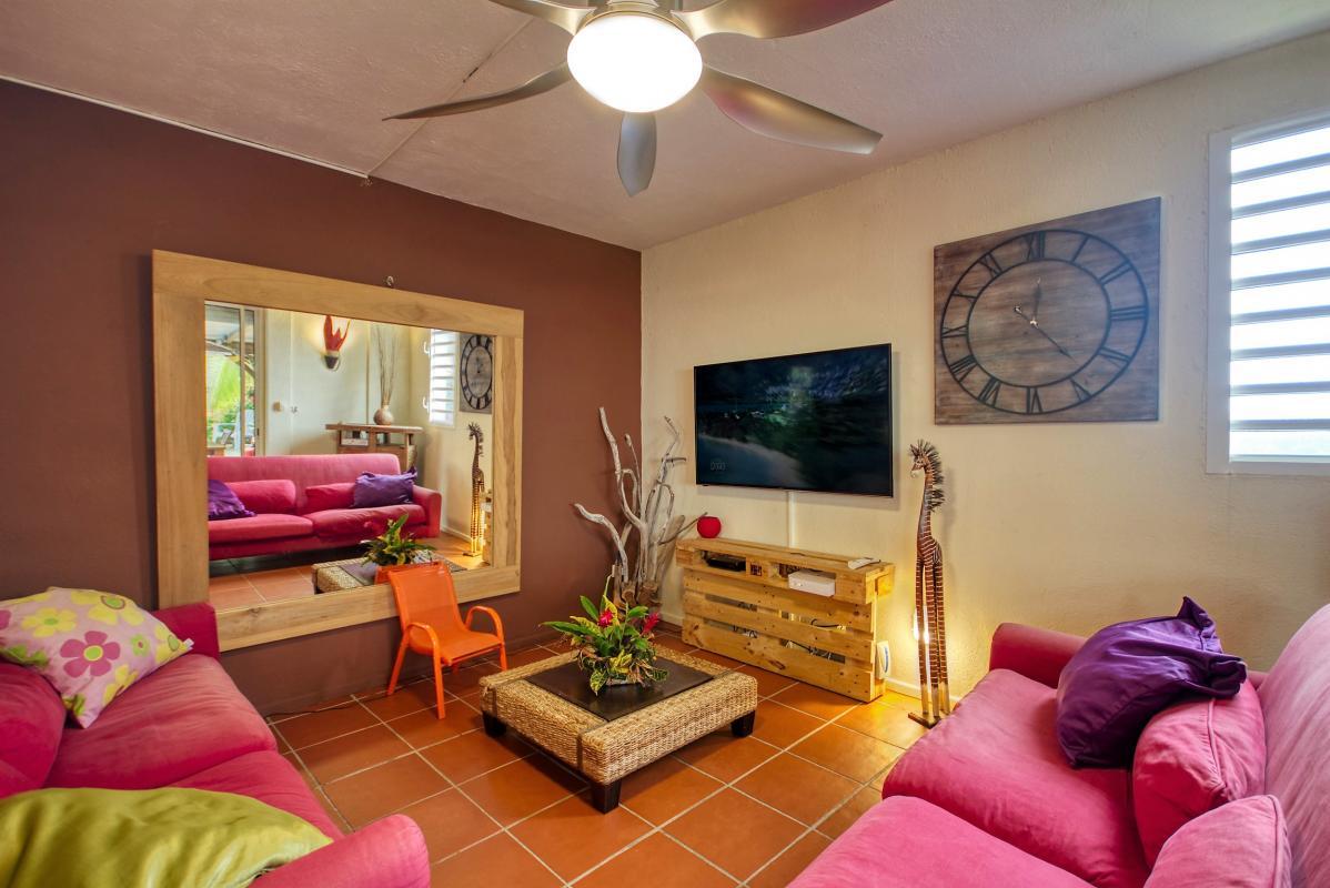 location villa de standing 12 personnes avec piscine à Sainte Anne Martinique sejour
