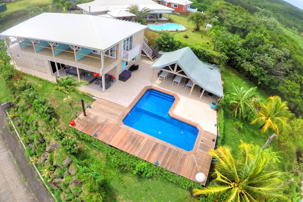 MQTI41 villa grand luxe au Trois Ilets avec piscine vue mer et  bateau  monocoque Martinique