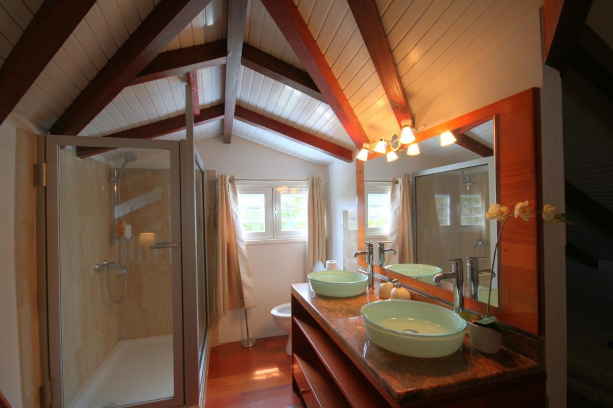 MQVA01 Location villa Martinique au Vauclin - chambre 5 mezzanine sdd