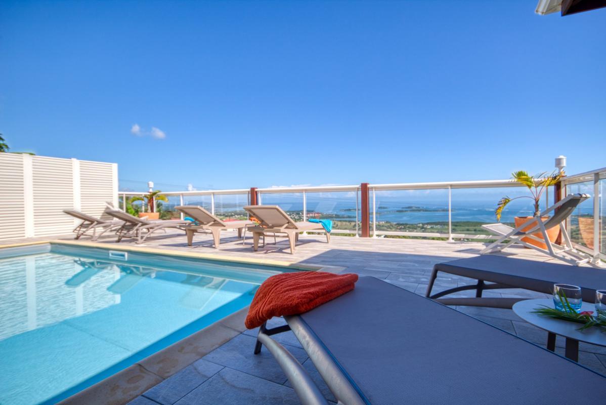 Location villa de luxe piscine vue mer Martinique