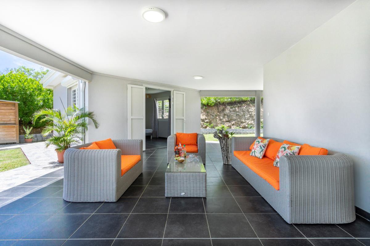 Location Villa Martinique terrasse avec salon