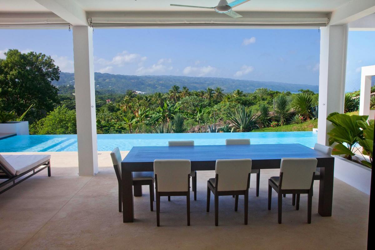 Location villa Las Terrenas - Le coin repas exterieur