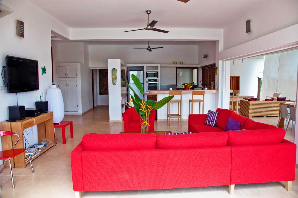 Location villa Las Terrenas - La cuisine et le salon