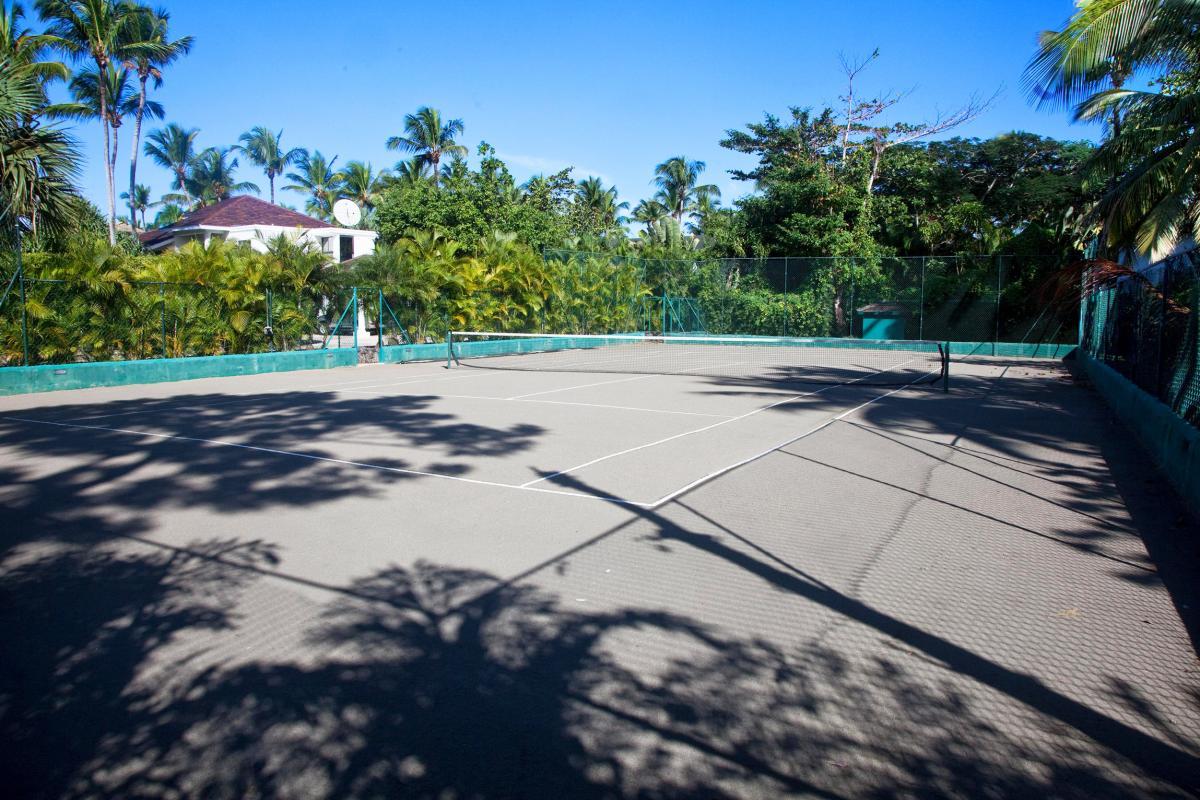 Location villa Las Terrenas - Le terrain de tennis