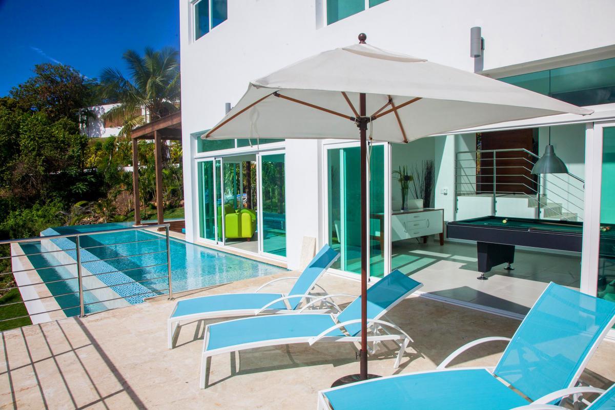 Location villa Las Terrenas - La piscine et la terrasse