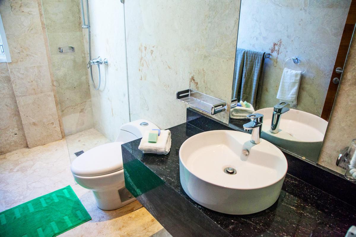 Location villa Las Terrenas - La salle de douche commune