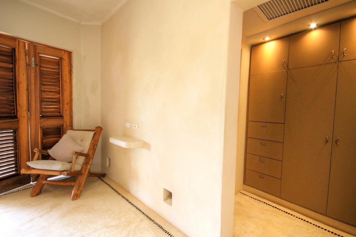 DOLT49 Villa luxe piscine et vue mer panoramique chambre 5 rc dressing