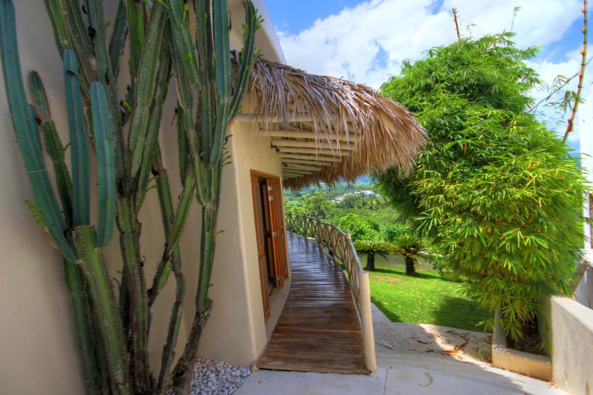 DOLT49 Villa luxe piscine et vue mer panoramique chambre galerie