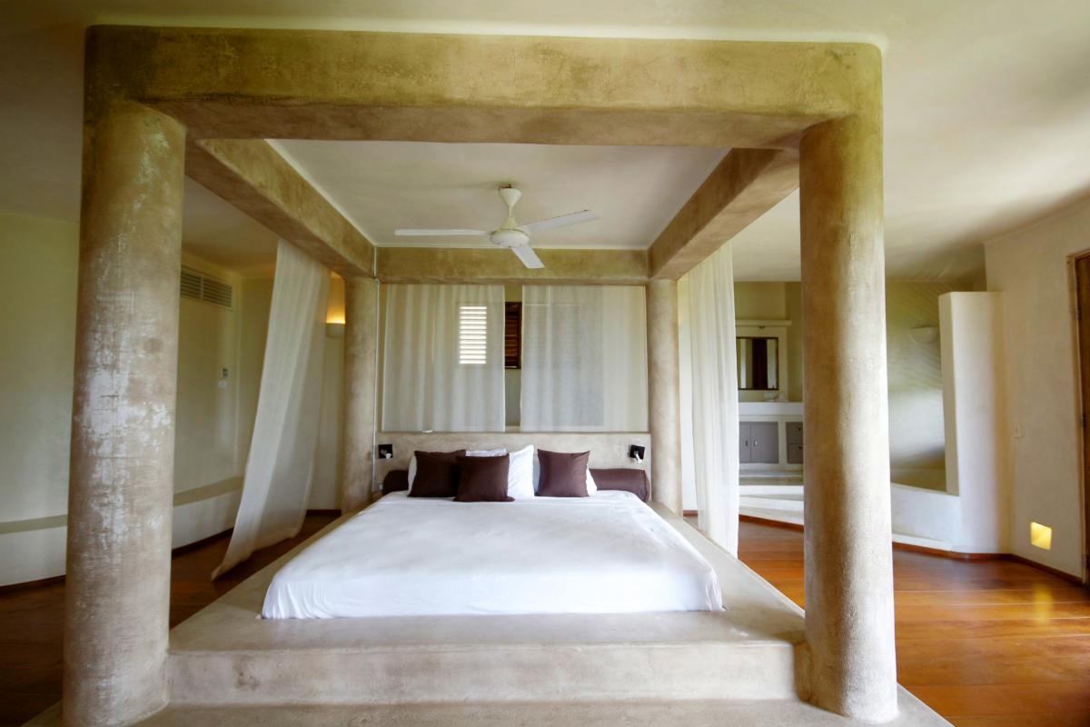 DOLT49 Villa luxe piscine et vue mer panoramique chambre parentale RC