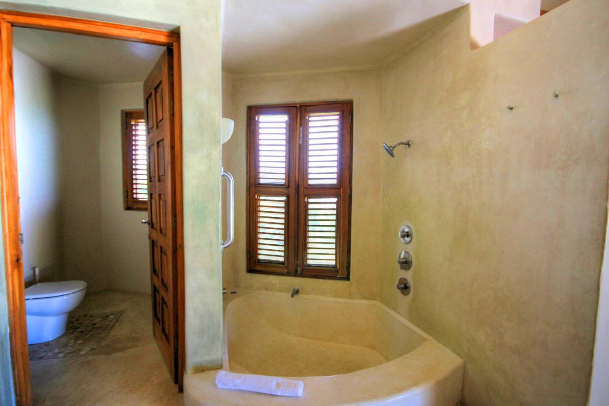 DOLT49 Villa luxe piscine et vue mer panoramique chambre principale étage sdb