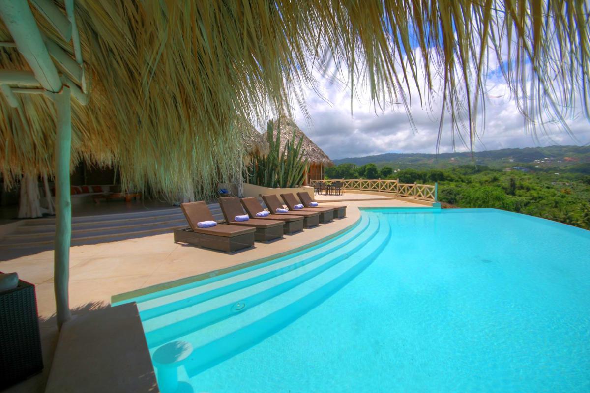 DOLT49 Villa luxe piscine et vue mer panoramique piscine