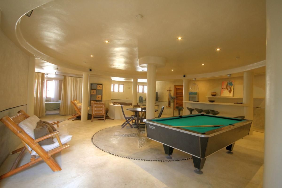 DOLT49 Villa luxe piscine et vue mer panoramique salon rc