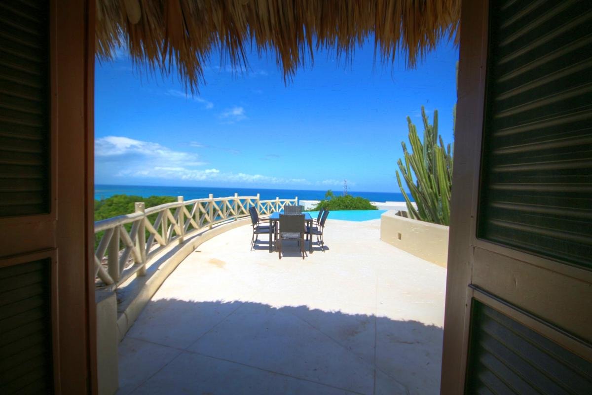 DOLT49 Villa luxe piscine et vue mer panoramique terrasse