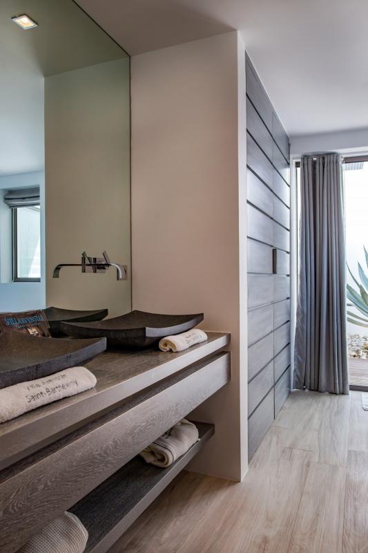 Location villa Camaruche - La salle de douche de la chambre 2
