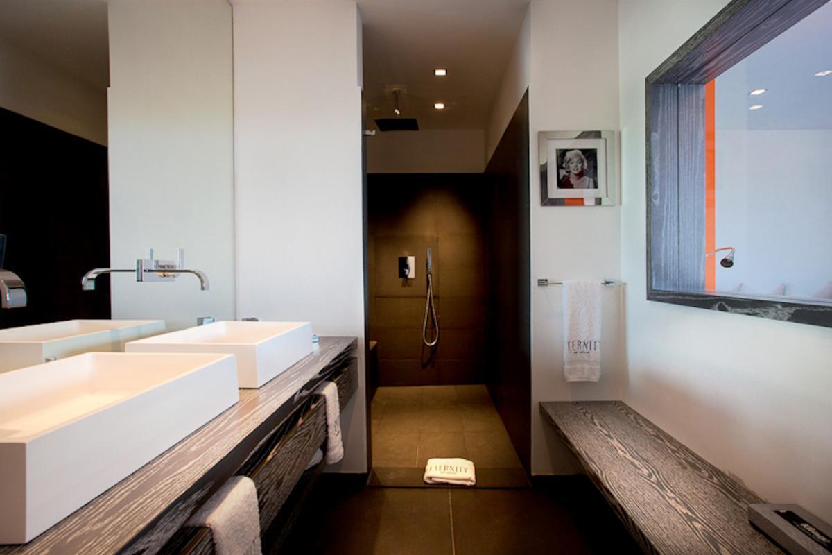 Location villa Flamands - La salle de douche de la chambre 4