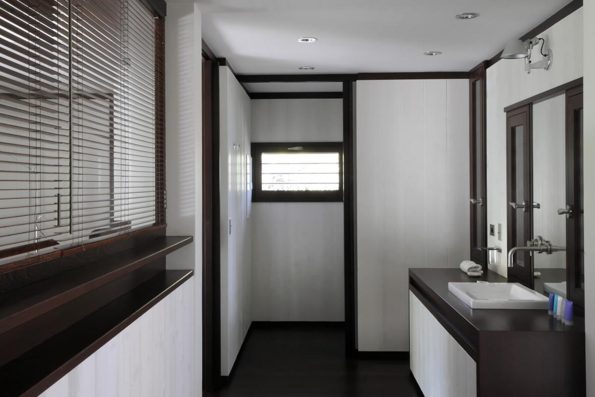Location villa Saline - La salle de douche de la chambre 5