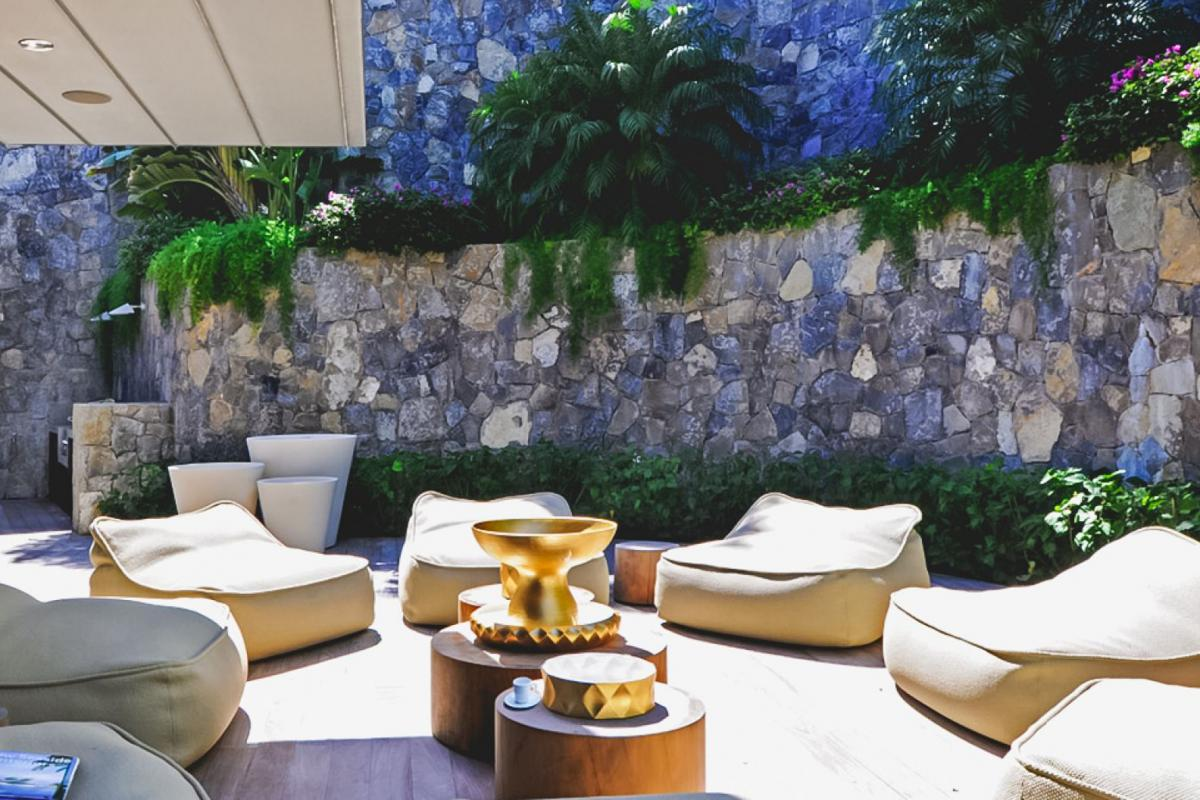 Location villa Saline - Le coin salon de la terrasse