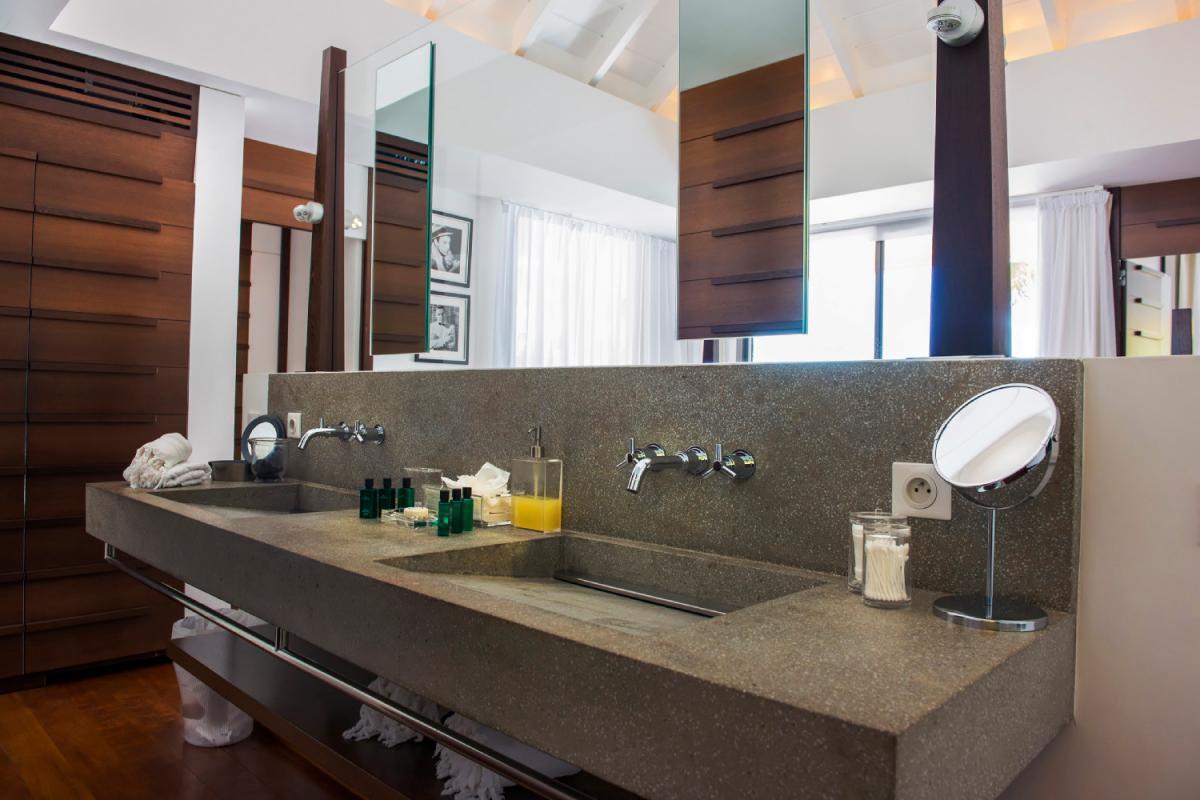 Location villa Lorient - La salle de douche de la chambre 1