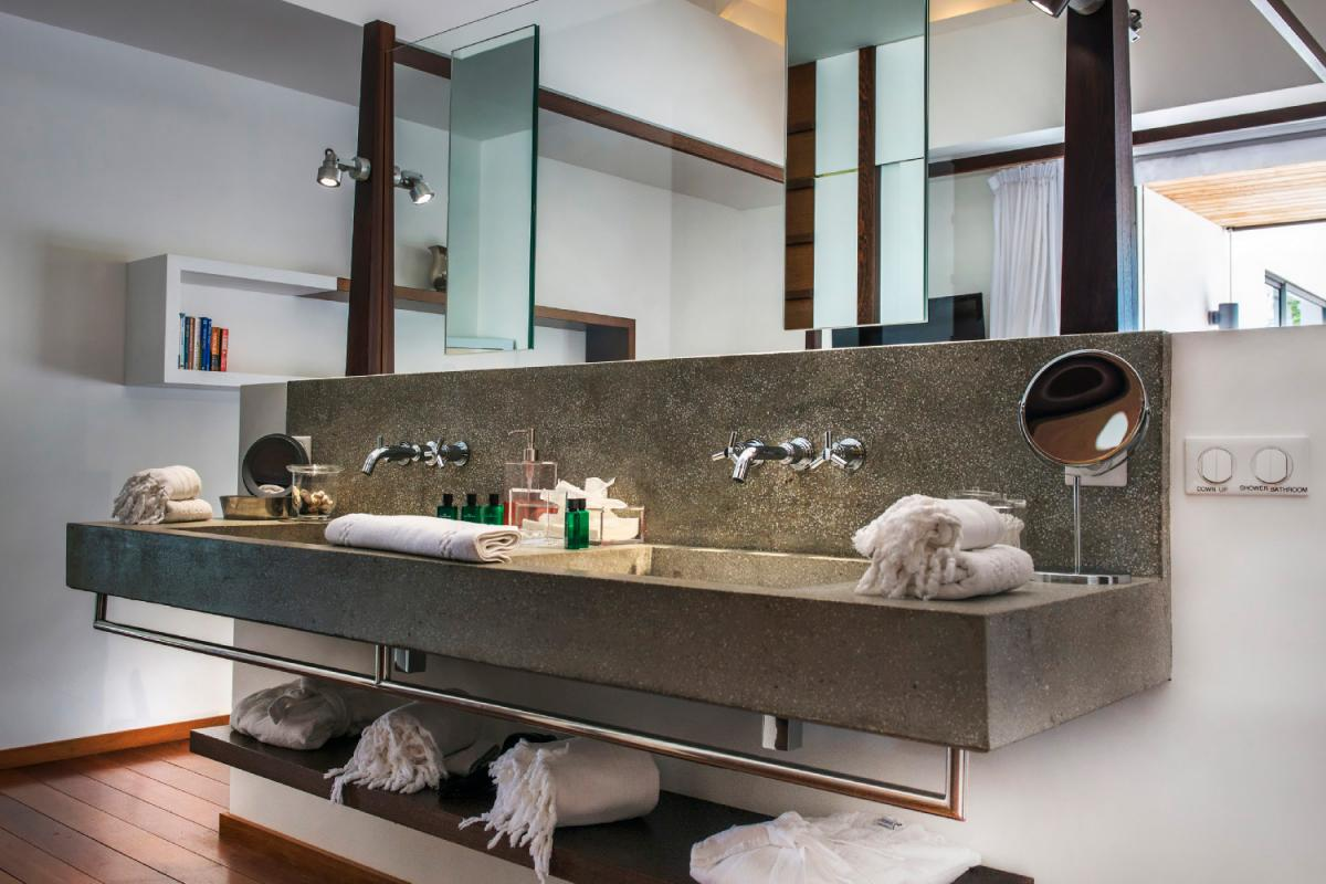 Location villa Lorient - La salle de douche de la chambre 2