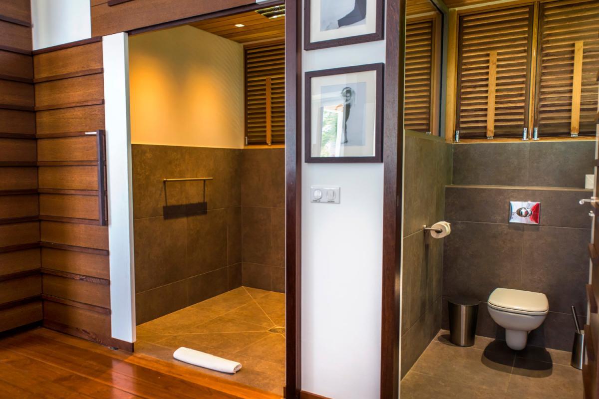 Location villa Lorient - La salle de douche de la chambre 4