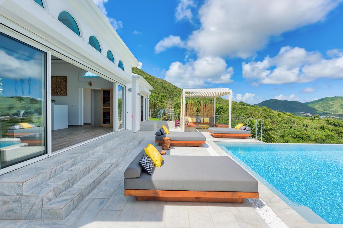 Location villa de luxe Saint Martin, Baie Orientale - Terrasse et piscine