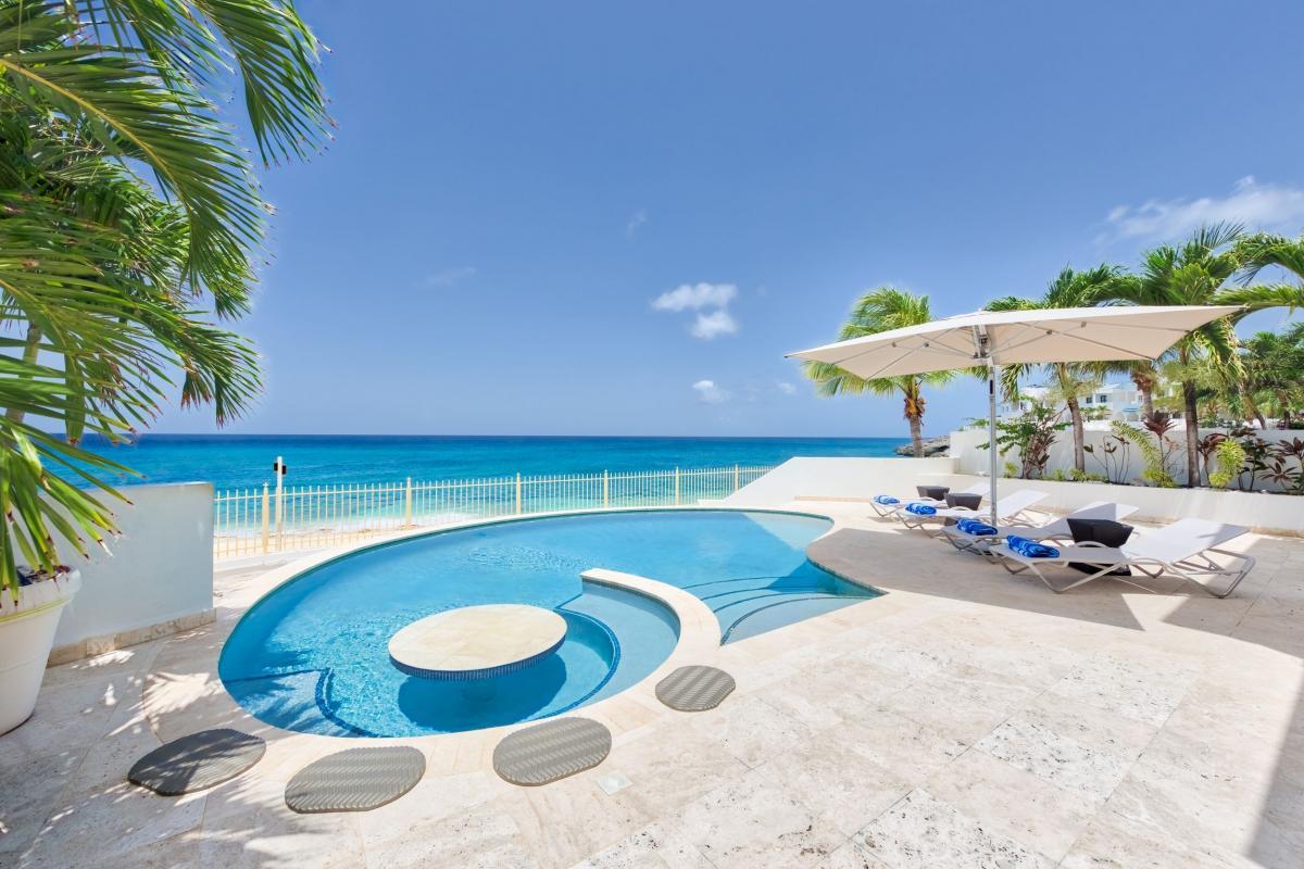 Villa Bahari - La piscine