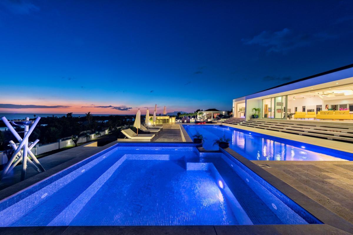Villa Grande Azure - La piscine