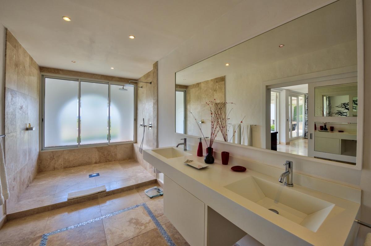 Location villa de luxe Saint Martin, Terres Basses - Salle de bain chambre 2